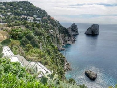 Rückseite von Capri